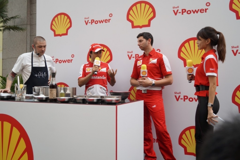 Formula One 2013 – Cooking with Massa